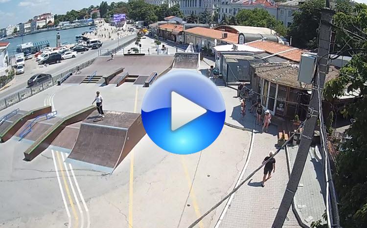 веб-камера на площади 300 лет Российского Флота