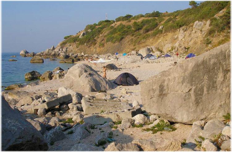 фото Нудистского пляжа в Форосе