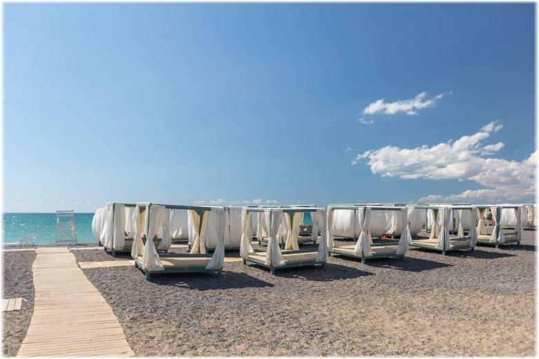 фото пляжа Палуба в Саках