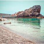 Лягушка — популярный пляж между Алупкой и Симеизом