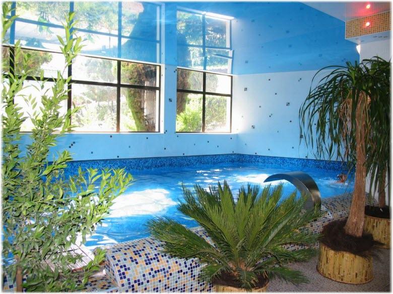 бассейн отеля Сказка