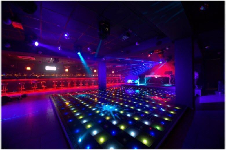 Ночные клуба в симферополе официальный сайт ночного клуба винил
