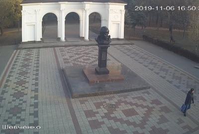 фото с камеры у памятника Шевченко
