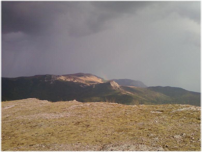 вид на гору Чатыр-Даг