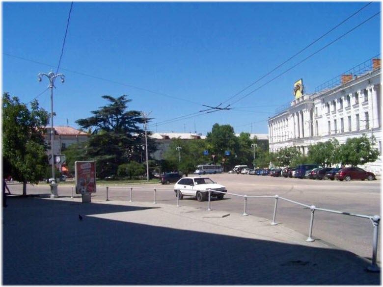 виды площади Лазарева