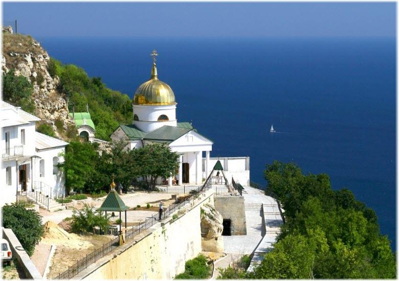 Свято-Георгиевский монастырь