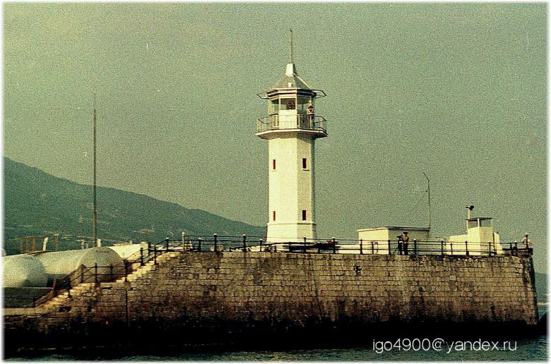 фото маяка при СССР