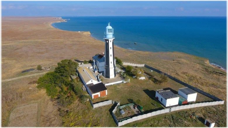 фото маяка с высоты