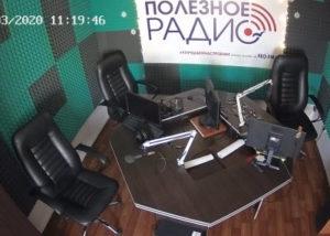 фото с камеры в студии Полезного радио