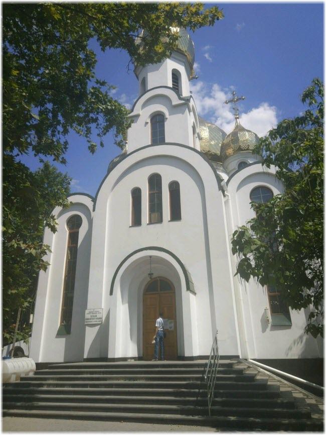 Храм Вениамина в Симферополе