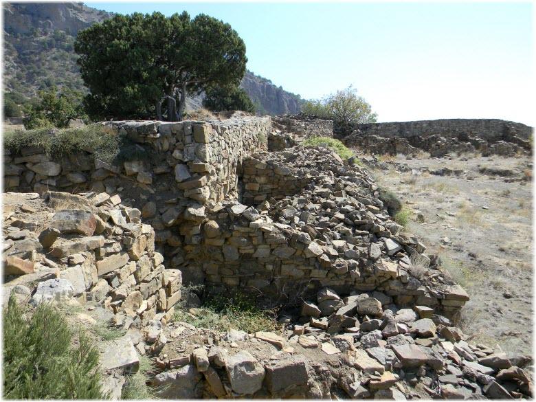 руины Кутлакской крепости
