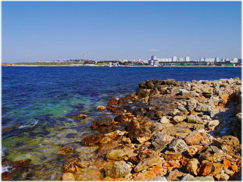 дикие пляжи Круглой бухты