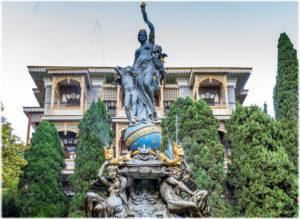 фонтан Богиня Ночь