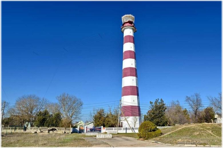 фото маяка в Заозерном
