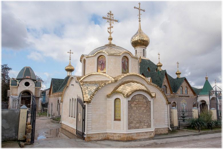 монастырь в Холмовке