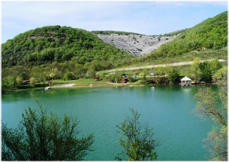 озеро в Родном