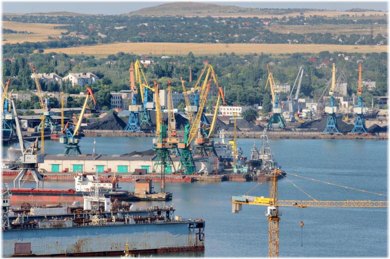 фото порта вблизи