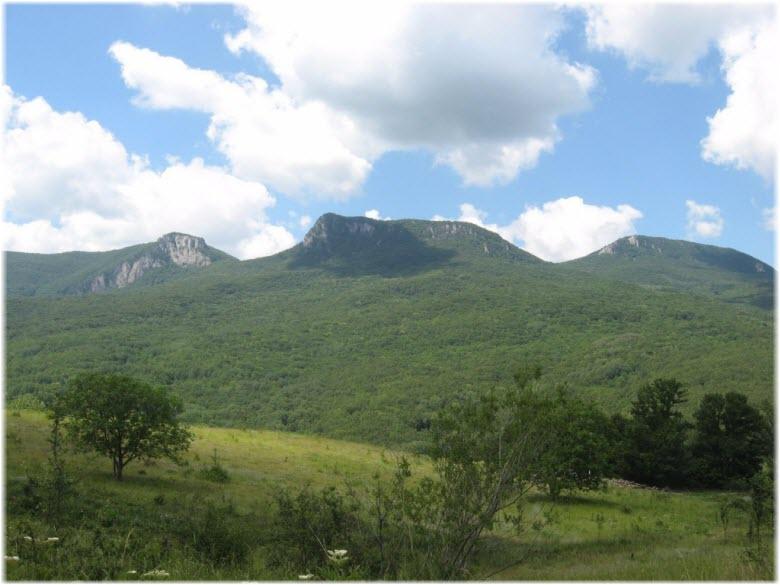 горы в окрестностях Многоречья