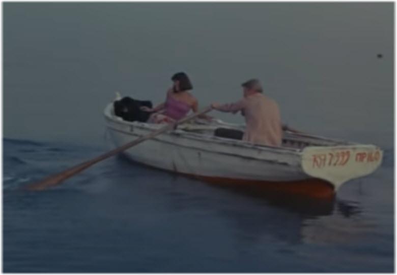 кадры на море