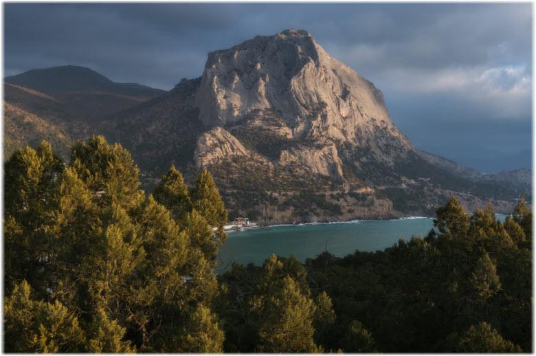 горы в Судаке