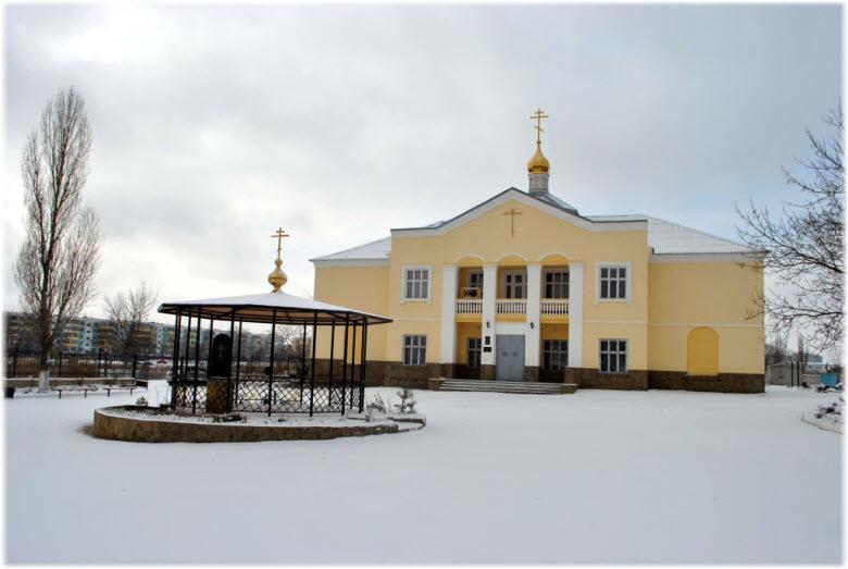 зимний храм Луки
