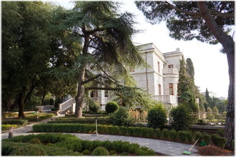 Дворец Мурад-Авур